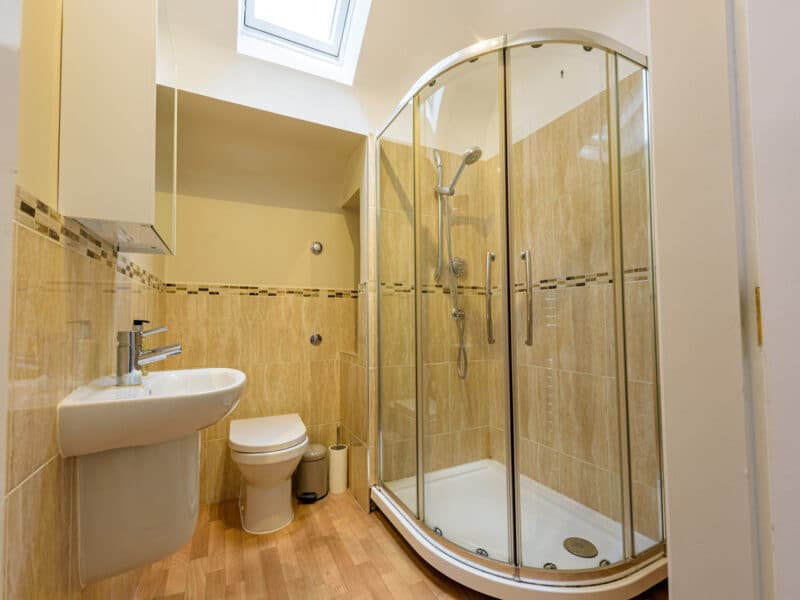 Shower Room - Buxted Sussex Holiday Cottage